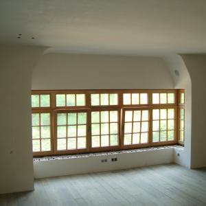 Boven houten ramen